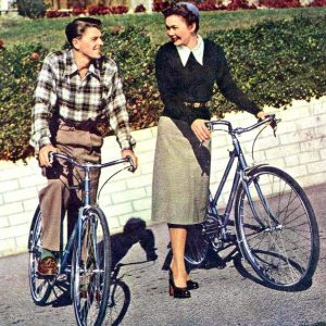 Ronald Reagan and Jane Wyman take their Schwinns out for a ride.