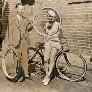 Maxine Cantwell shops for bike tires. Murray Rosenfeld delivers.MAXINE CANTWELL, Warner Brothers' film player, is shown taking delivery of a new Cornell bicycle tire from Murray Rosenfeld, general manager of the Pep Boys of California. June, 1, 1933