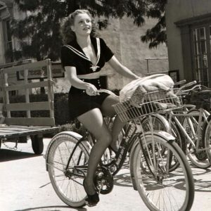 Julie Bishop steals a bike.