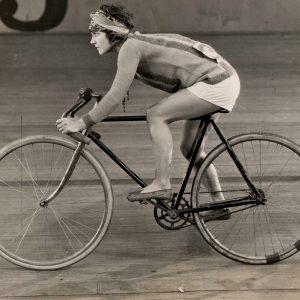 Viola Dana rides a bike – fast!